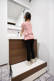 玄関と直結した手洗いコーナー